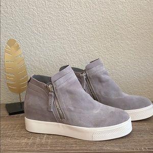 NWOT Dolce Vita Suede Wedge Sneaker